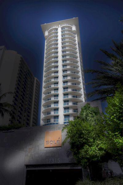 Image via hotels.com